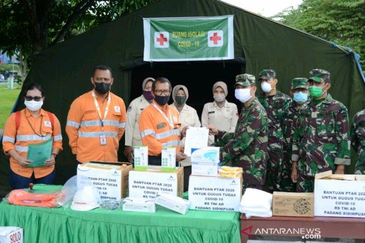 Tambang Emas Martabe serahkan APD COVID-19 untuk Rumkit TNI AD Padangsidimpuan