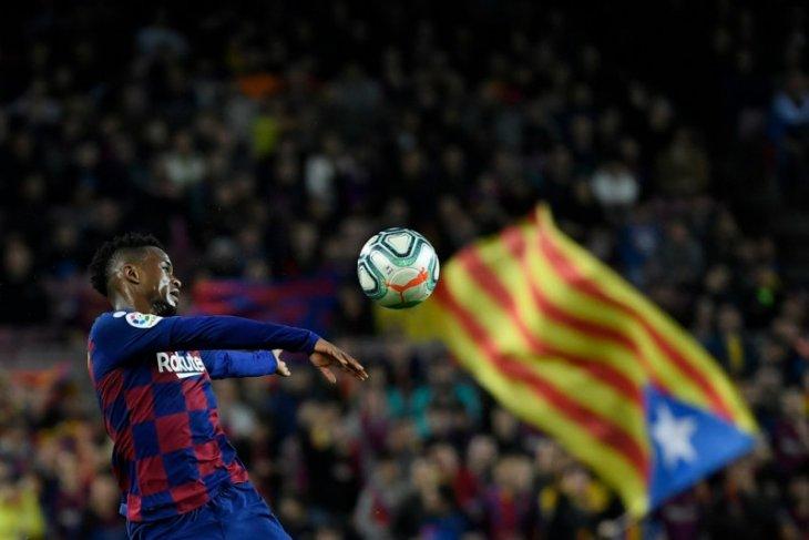 Bek Barcelona Nelson Semedo ingin gabung Manchester City