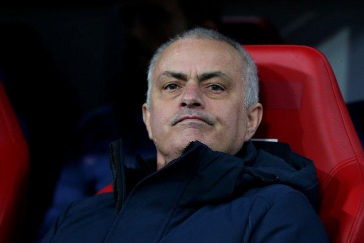 Mourinho tak sabar nantikan restart Liga Premier digelar kembali
