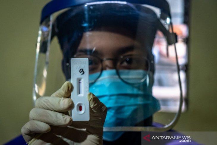 Hasil Rapid test di Pasar Mawar Pontianak, 5 orang reaktif COVID-19