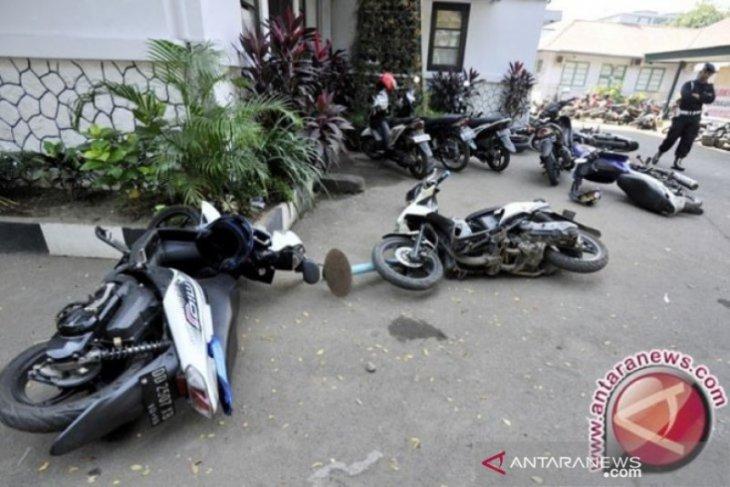 Warga Aceh Selatan tak dapat BST mengamuk dan rusak kantor desa