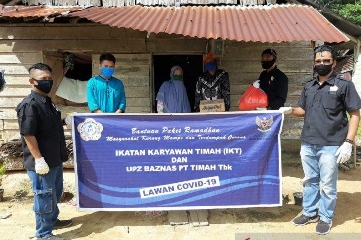 Ikatan Karyawan PT Timah salurkan bantuan sembako di Mentok