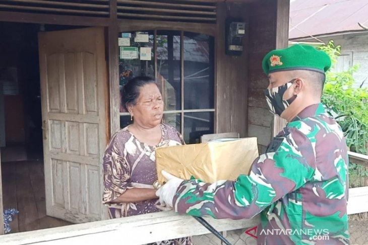 Batalyon Infanteri 621/Mtg salurkan bantuan Sosial