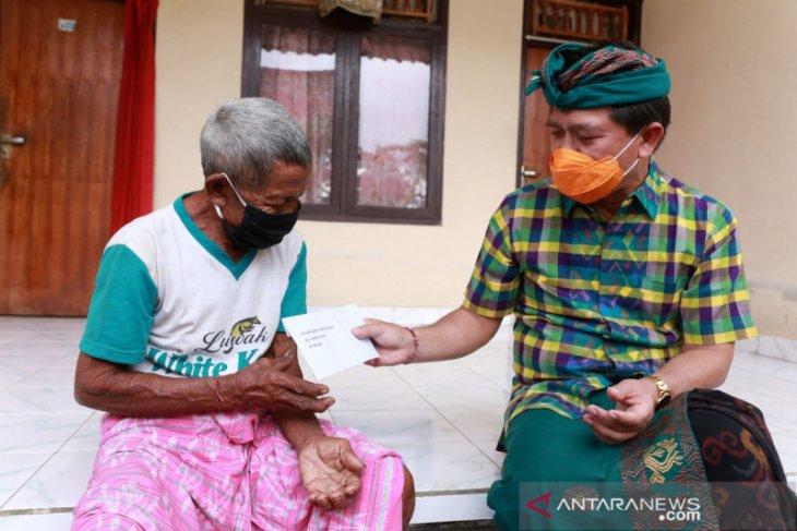 Bupati Klungkung akui masih ada warga belum terima bantuan dari Dana Desa