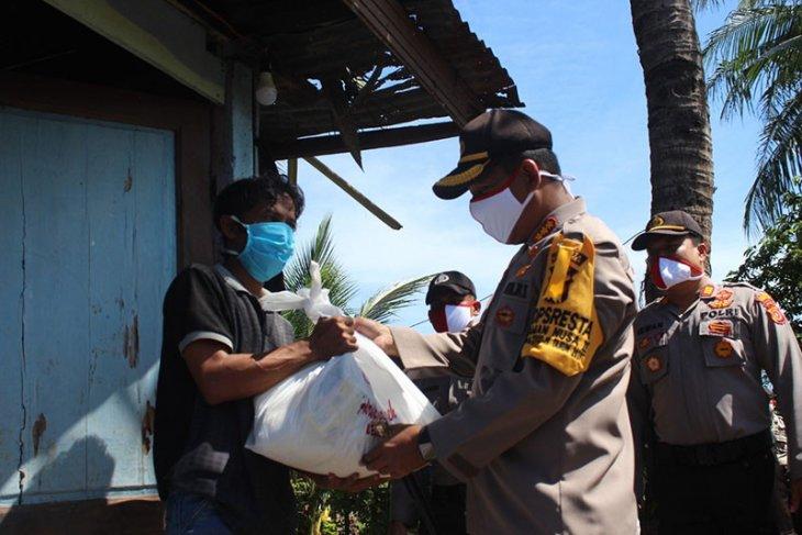 Polresta Banda Aceh salurkan 400 paket bantuan sosial COVID-19