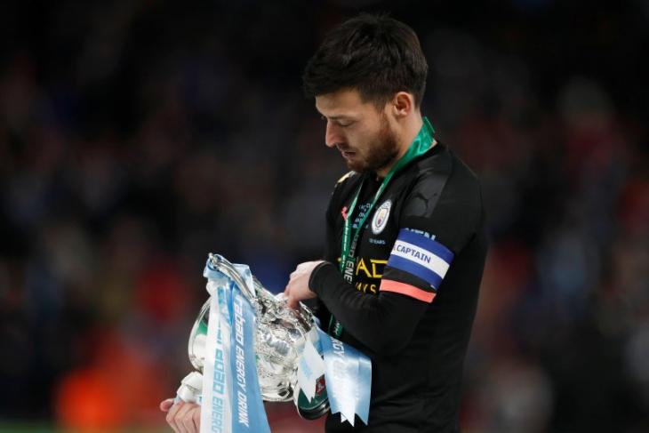 David Silva akan tetap bersama Manchester City hingga akhir musim Liga Premier