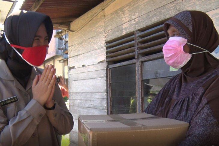 Polda Aceh salurkan 4.625 paket sembako bantuan COVID-19
