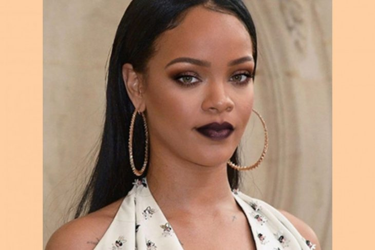 Ini nilai kekayaan Rihanna setelah masuk daftar orang terkaya di Inggris