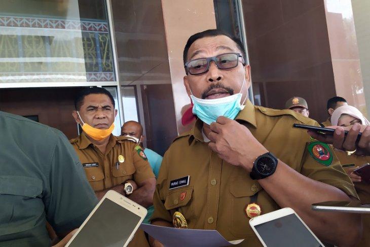 Murad  Penderita positif COVID-19 di Kota Ambon terus bertambah
