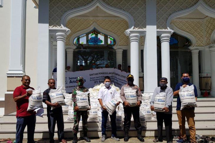 SBA Salurkan Sembako untuk 34 Gampong di Aceh Besar