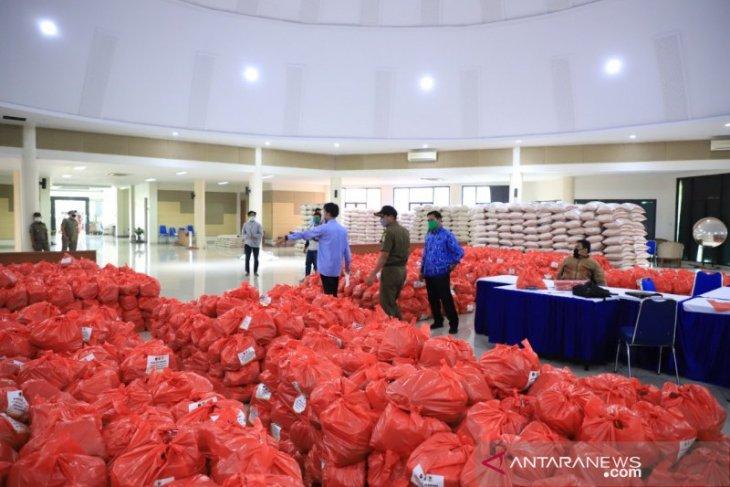 Pemkot Tangerang kembali distribusikan bantuan sembako program lumbung warga