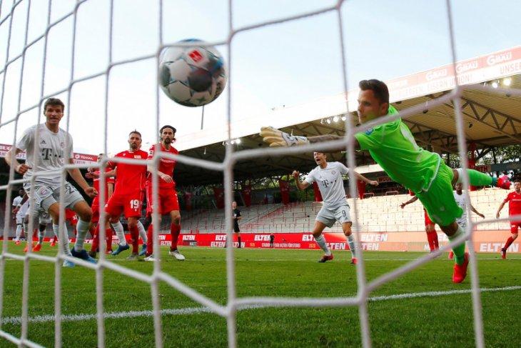 Bundesliga di bawah tatapan satu miliar pemirsa saat memulai