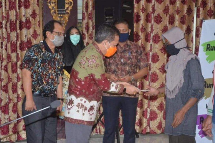 """Rabu (20/5), """"Bantuan Batanghari Tunai"""" disalurkan ke 14 kelurahan"""