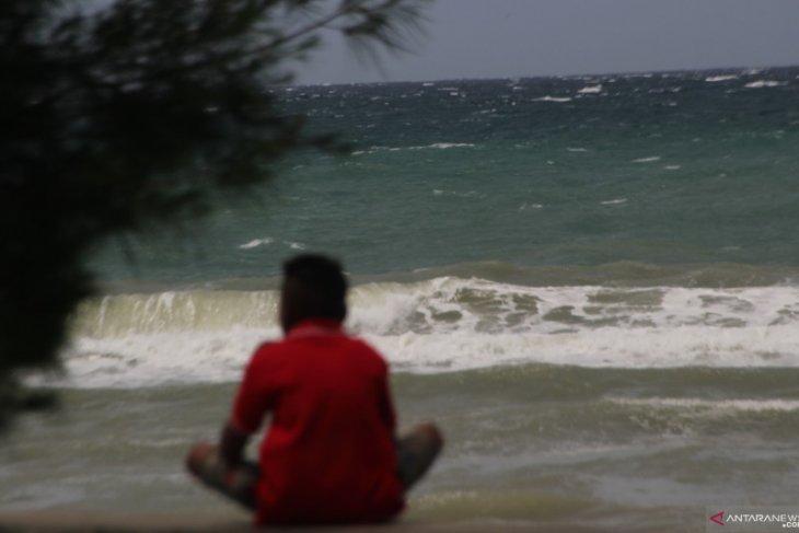 BMKG ingatkan waspadai gelombang tinggi akibat siklon tropis