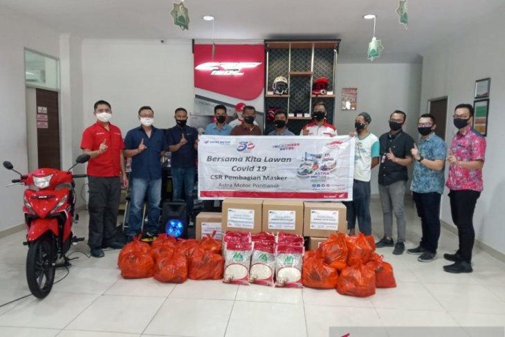 Astra Motor Pontianak bagikan 300 paket sembako