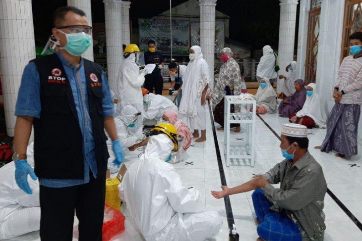 Jamaah masjid di Situbondo dites cepat, 10 orang reaktif