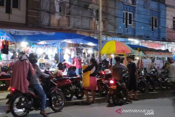 Pasar tradisional di Bengkulu ramai pembeli
