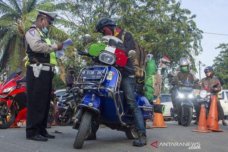 Antisipasi pemudik di perbatasan Karawang - Bekasi
