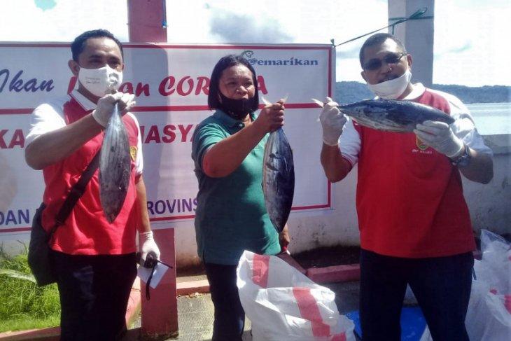 DKP Maluku bagikan gratis 25 ton ikan jelang Idul Fitri 1441 H