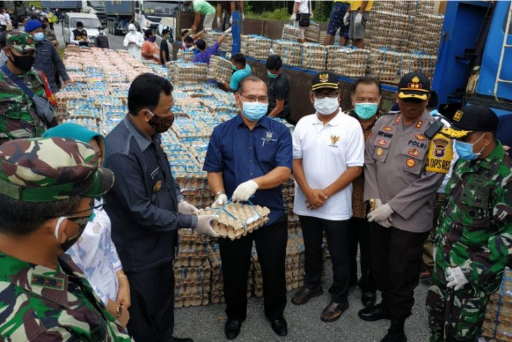 Malaysia pasok sembako untuk warga perbatasan di Kapuas Hulu