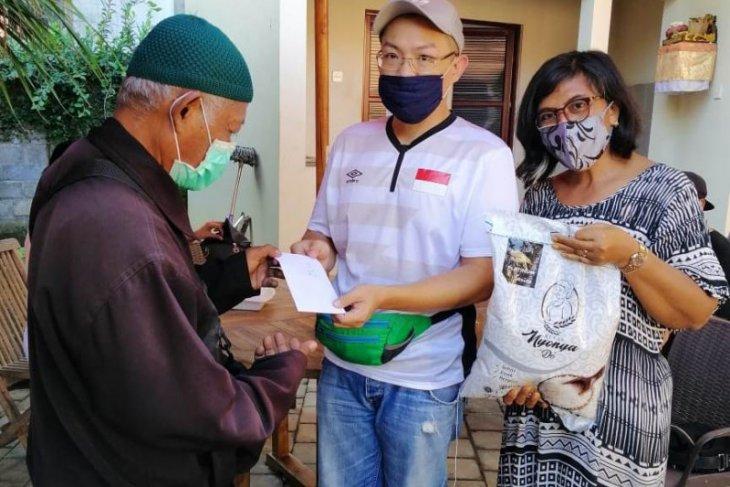 Perantau di Ubud bantu sesama yang terdampak pandemi COVID-19