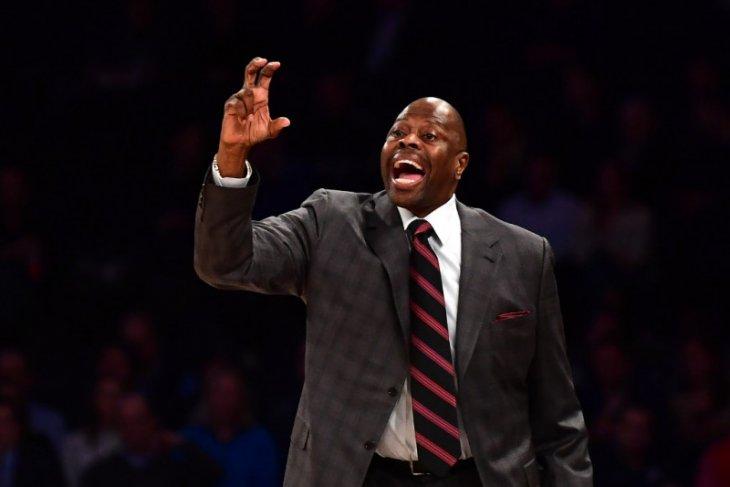 Legenda NBA Patrick Ewing akui terpapar COVID-19