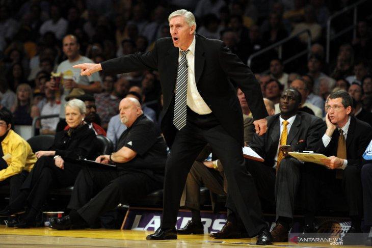 Mantan pelatih klub basket Utah Jazz Jerry Sloan tutup usia