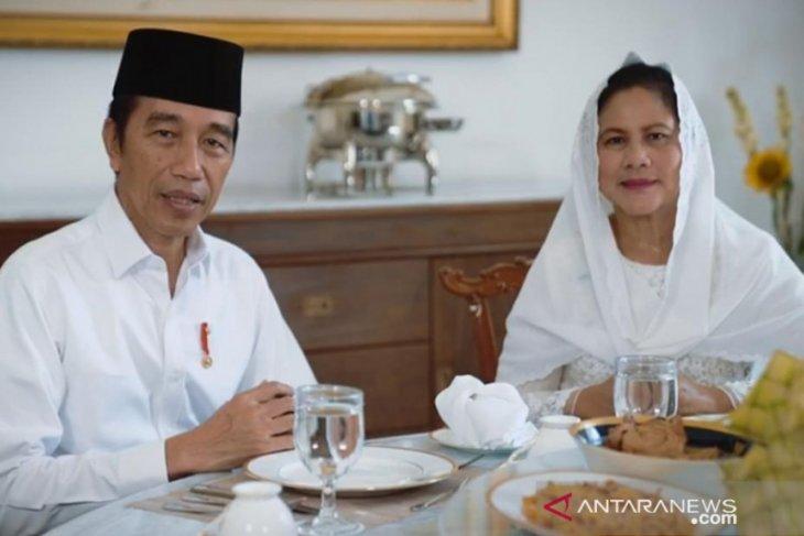 Presiden Joko Widodo dan Ibu Negara sampaikan ucapan selamat Idul Fitri 1 Syawal 1441 H