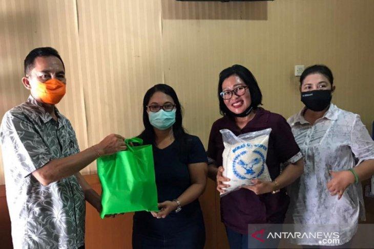 Dinsos Denpasar distribusikan paket sembako untuk ODP dan OTG