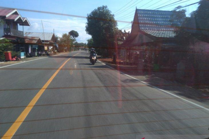 Lalulintas angkutan penumpang arah hulu sungai  sepi H-1