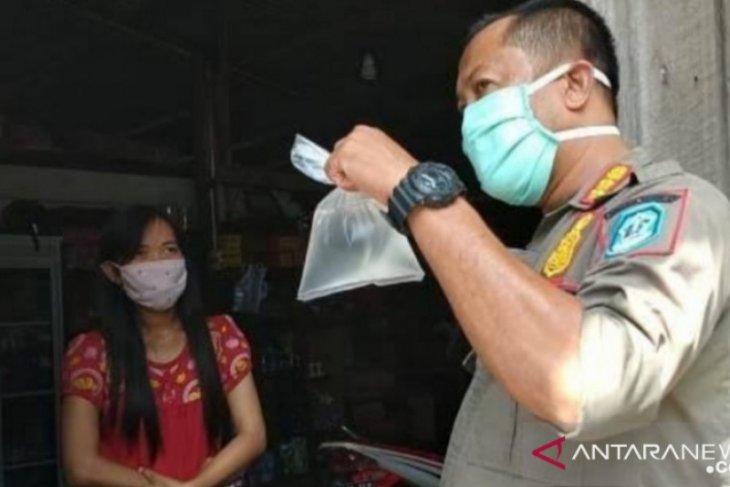 Satu regu personel Satpol PP Bangka amankan pasar tradisional