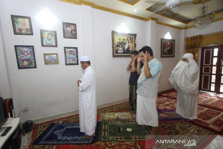 Shalat Idul Fitri Di Rumah