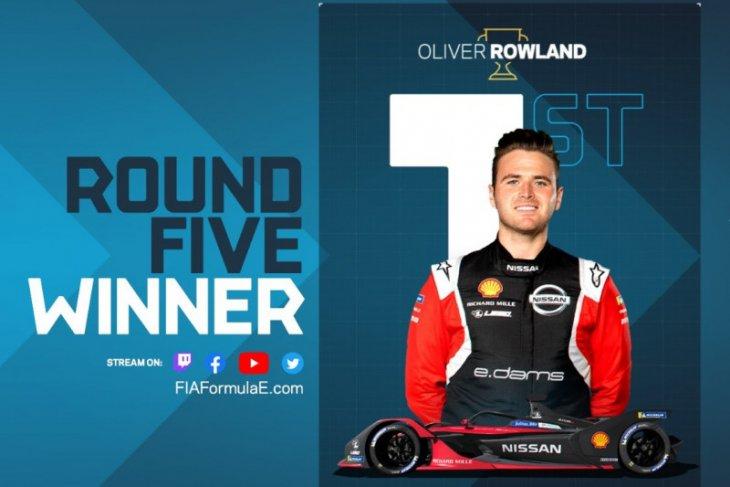Rowland raih kemenangan perdana di balap virtual Formula