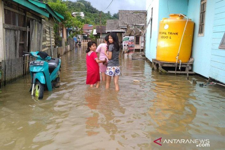 Masih suasana Lebaran, 30.894 warga Samarinda terdampak banjir