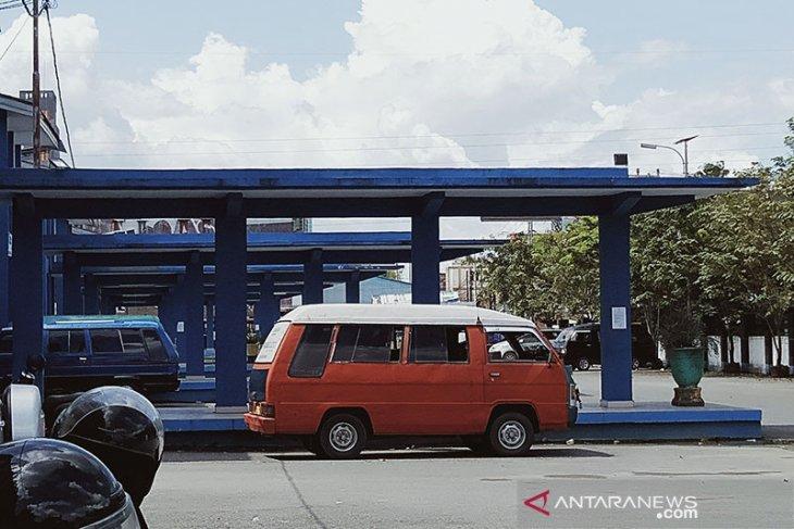 Km-6 Bus Terminal Banjarmasin becomes lonely