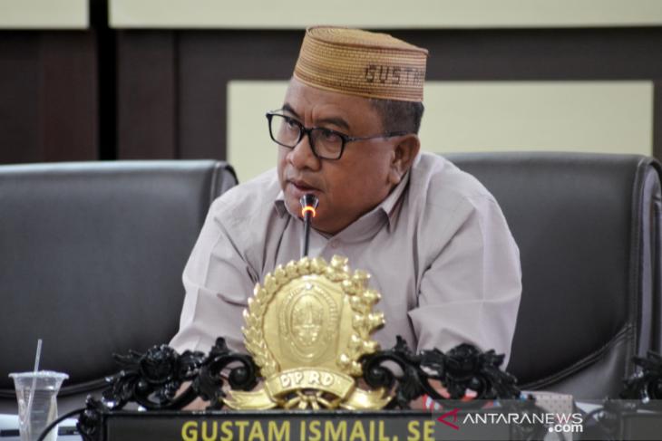 DPRD Gorontalo Utara imbau pembatasan pergerakan orang berlaku bagi pejabat
