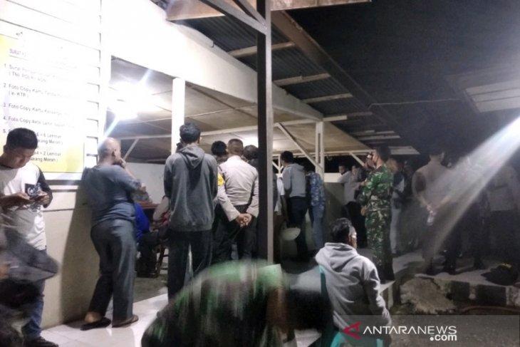 Dua kelompok warga Tapanuli Selatan bentrok, tiga orang luka tembak senapan angin