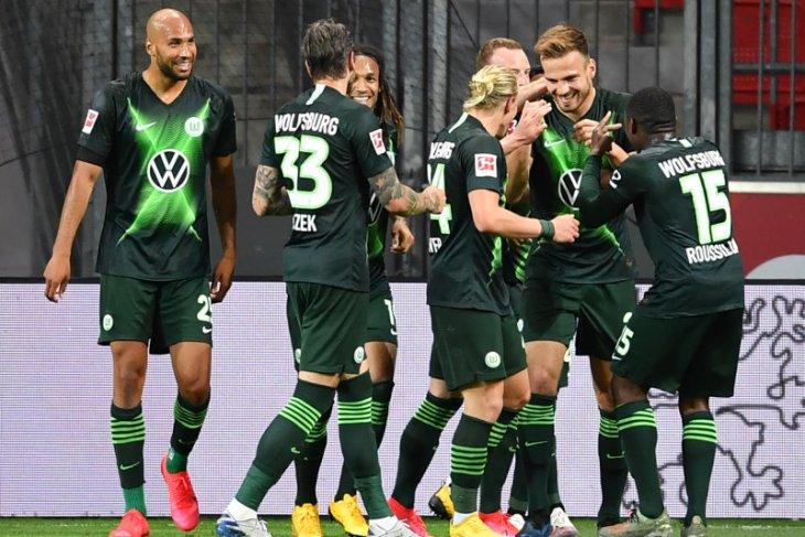 Wolfsburg hancurkan tuan rumah Leverkusen 4-1