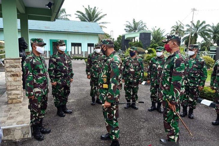 Komandan Korem 042/Gapu minta prajurit TNI tegakkan aturan new normal