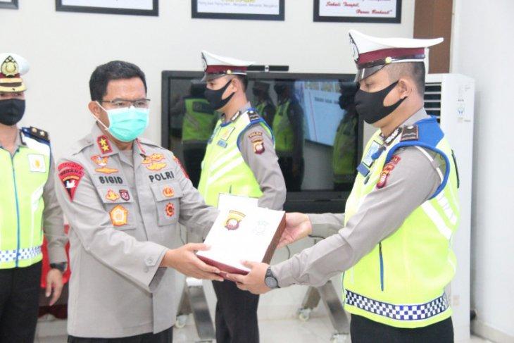 Kapolda Kalbar memotivasi kepada petugas Operasi Ketupat Kapuas 2020