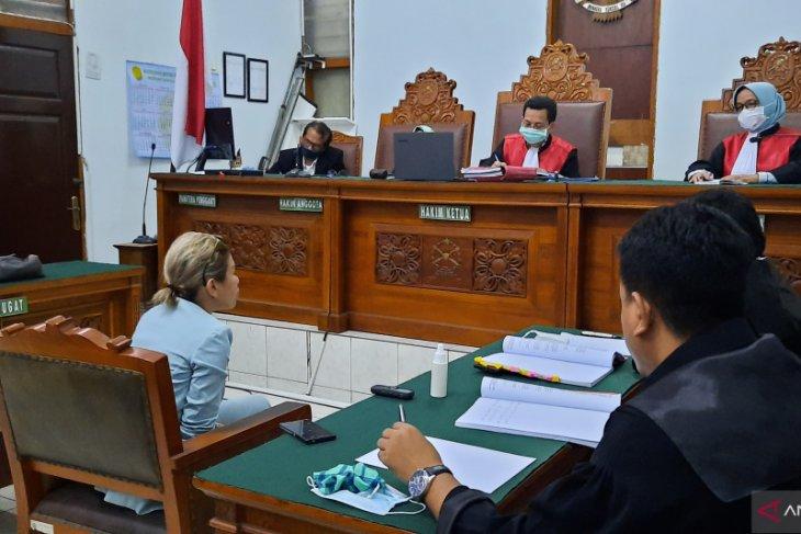 Nikita Mirzani hadapi tuntutan perkara penganiayaan pada 8 Juni 2020