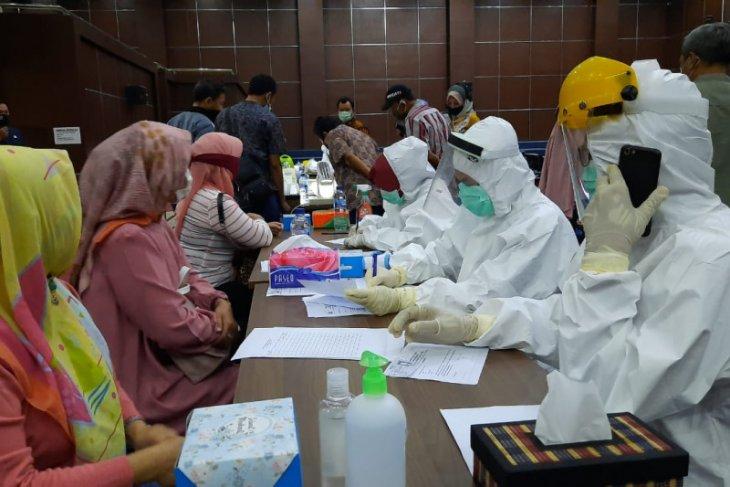 PemKot Serang lakukan rapid tes di gedung DPRD