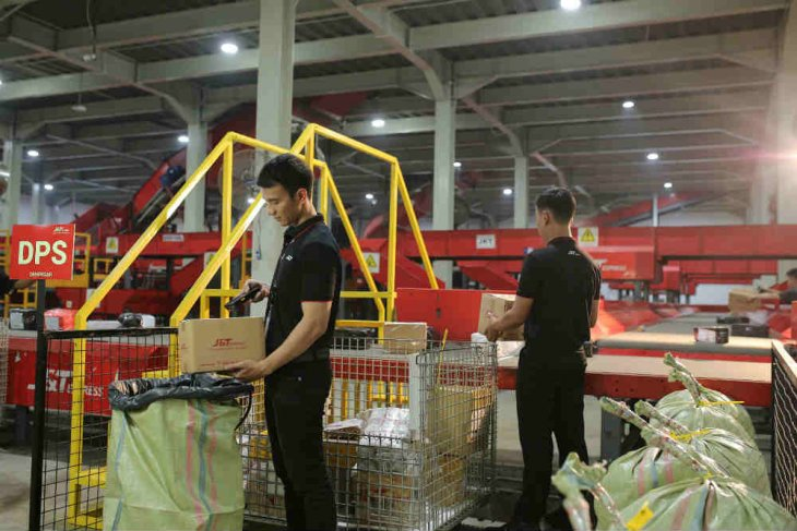 Delivery company records 3 mln shipments during Ramadhan