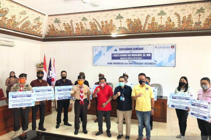 BI Bali dan Rai Wirajaya donasikan 1.200 paket bahan pokok untuk masyarakat