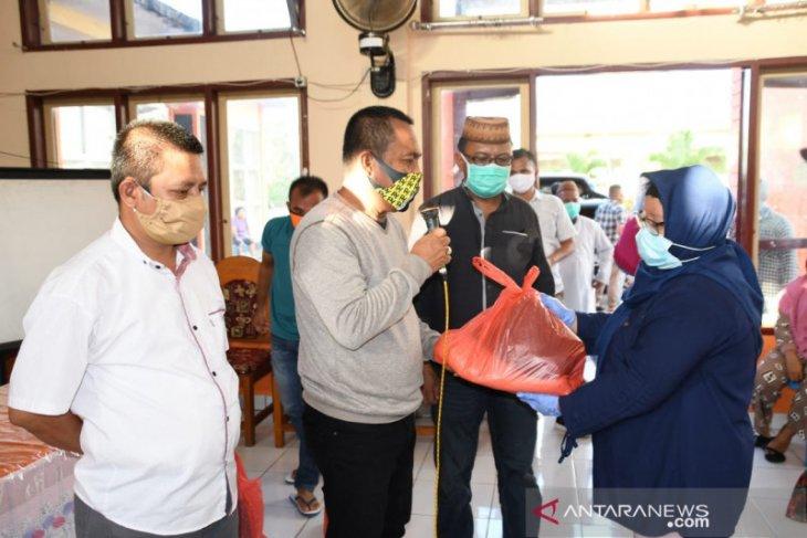 Kwarcab Pramuka Gorontalo Utara salurkan bantuan bagi warga miskin