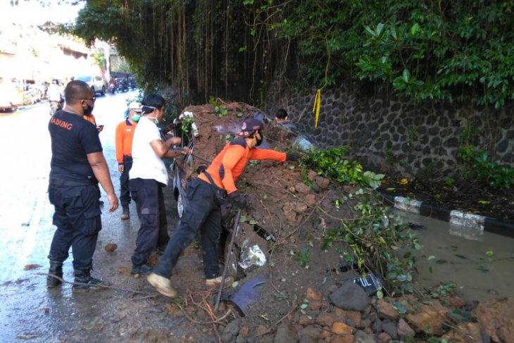 BMKG Denpasar : cuaca ekstrem di Bali akibatkan banjir dan longsor