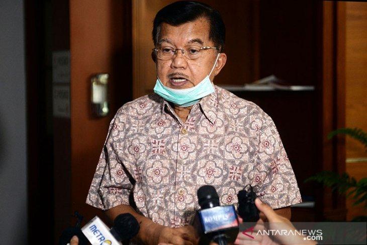 Ketum DMI Jusuf Kalla jelaskan imbauan shalat Jumat bergelombang