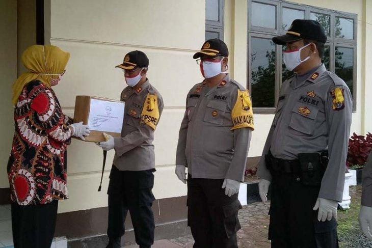 187 petugas COVID-19 di Polres Bener Meriah terima bantuan suplemen