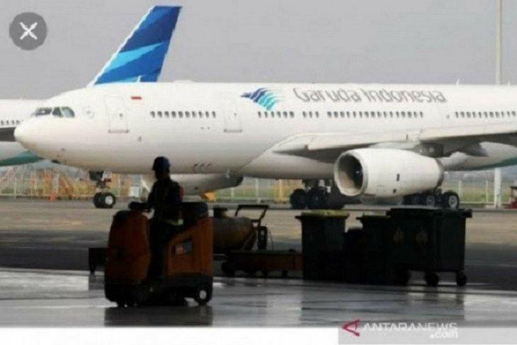 Pendapatan anjlok 90 persen Garuda kandangkan 70 persen pesawat