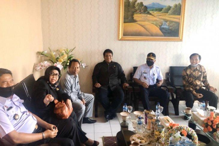 Kunjungi Lapas Jambi, dewan berharap persoalan drainase dapat terselesaikan
